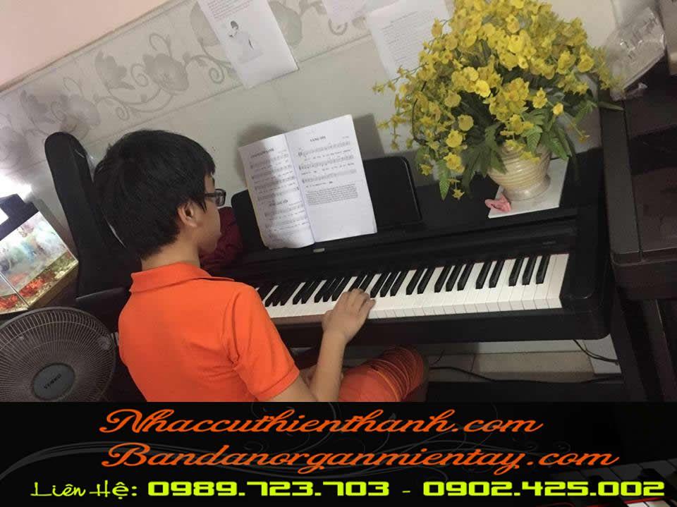 TRUNG TÂM DẠY PIANO QUẬN 12 TPHCM | DẠY ĐÀN PIANO ĐỆM HÁT CHO NGƯỜI MỚI BẮT ĐẦU